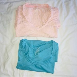 Women's workout clothes Lot Of 2 Tops XL